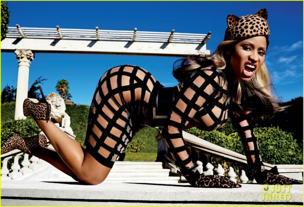 nicki-minaj-v-magazine-03