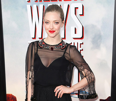 1415062515_amanda-seyfried-article